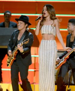 Rihanna and Bruno Mars help pay tribute to Bob Marley