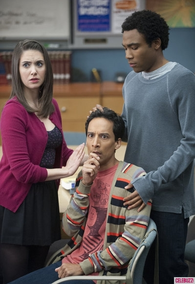 5-things-to-know-about-community-season-4-1-399×580