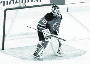 Martin_Brodeur_vs_Islanders_in_Nov_2011grey