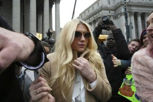 la-et-mg-kesha-court-dr-luke-preliminary-injunction-20160219