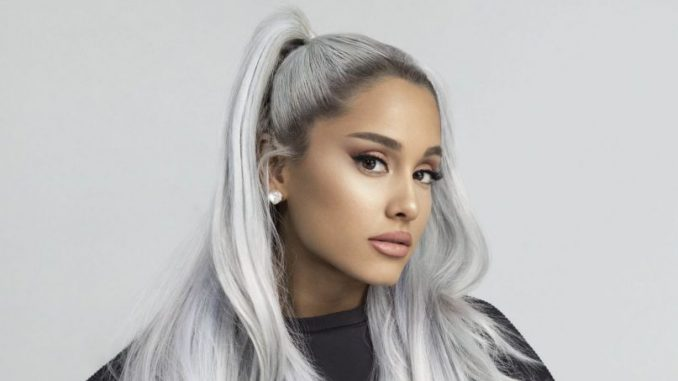 We're Mourning The Loss Of Ariana Grande's Ponytail