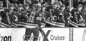 011914-NHL-New-York-Rangers-Team-Celebrate-HF-PI_20140119233700944_660_320