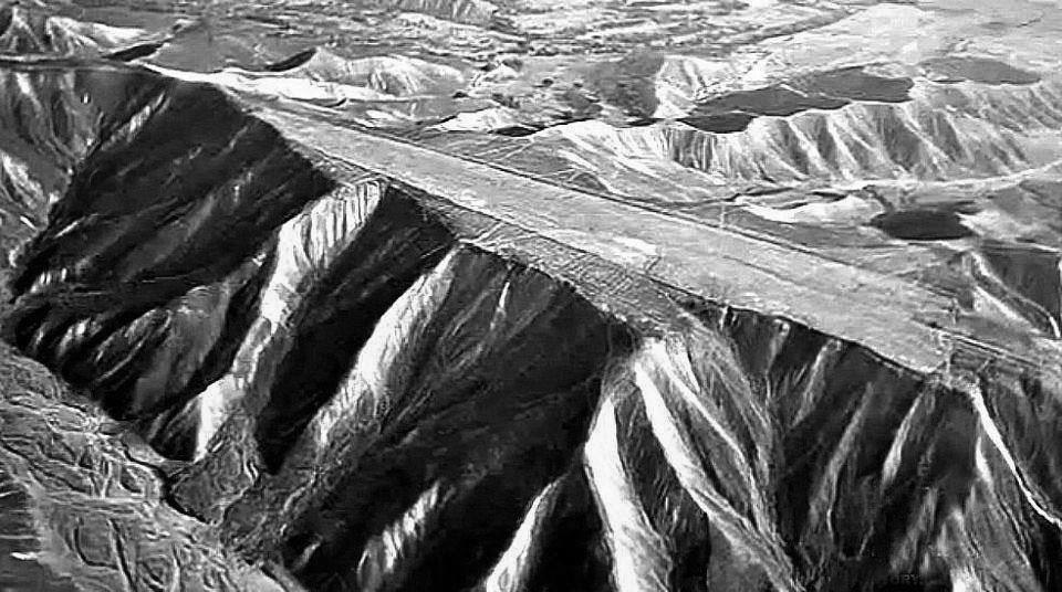giant-ancient-alien-runways-at-nazca